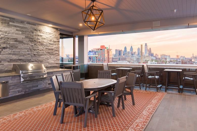 Rooftop Deck to Unwind