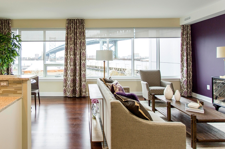 A view of the city from a floorplan living