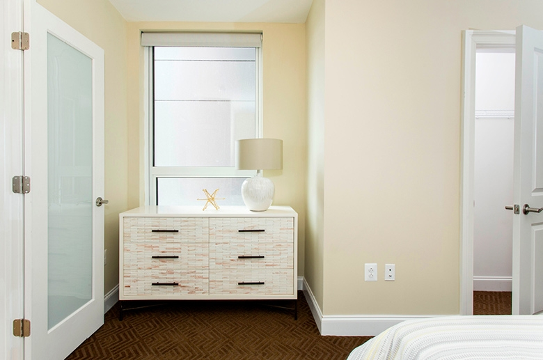 Modern and minimalist decoration