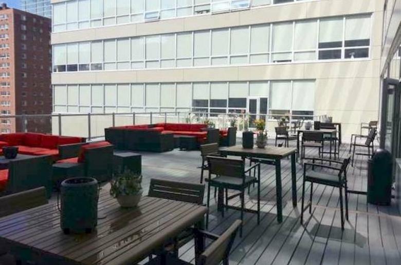 2040 Market rooftop deck