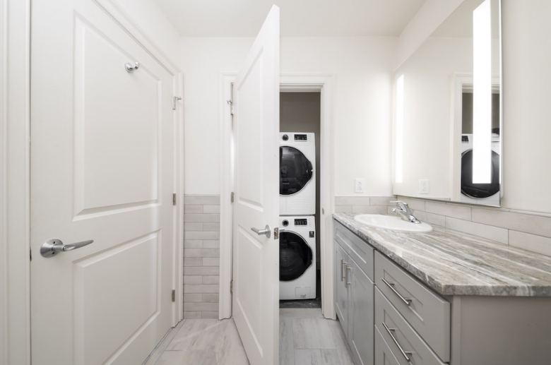Bathroom with stackable washer and dryer