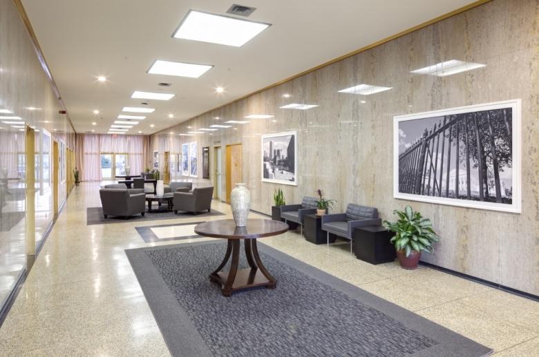 3600 West Broad lobby