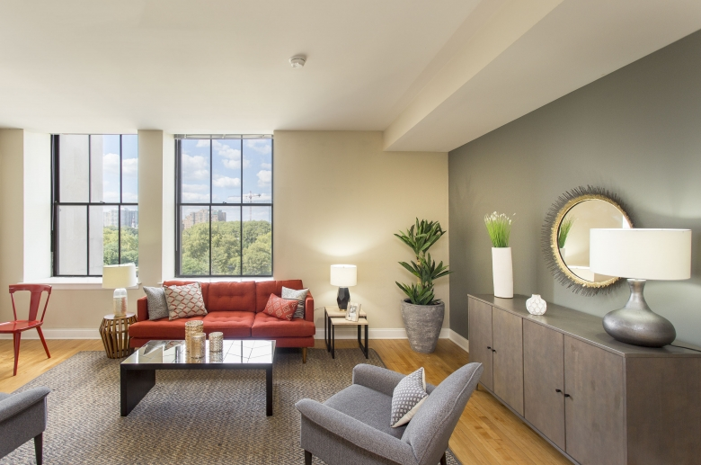 2100 Parkway furnished living space