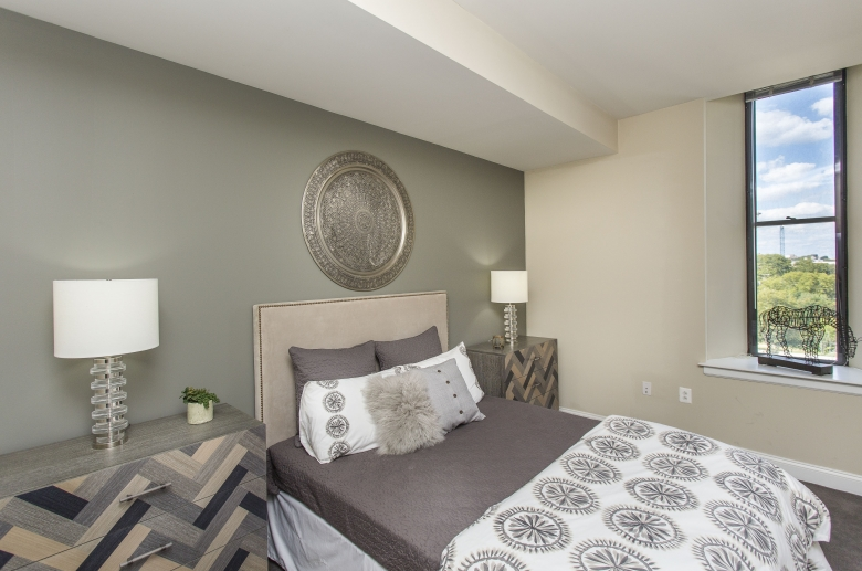2100 Parkway bedroom with city views