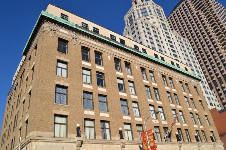 The Metropolitan exterior 2