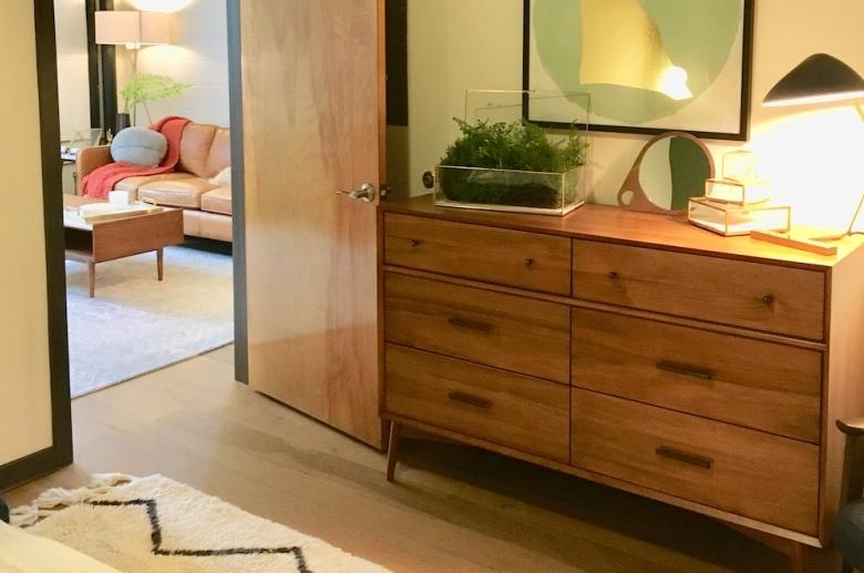 Plant 1 bedroom