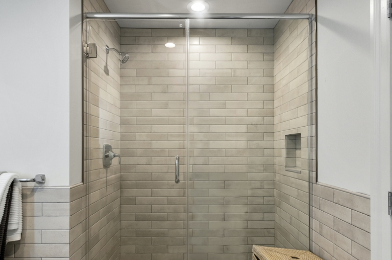 Allegheny Apartments walk-in shower with subway tile
