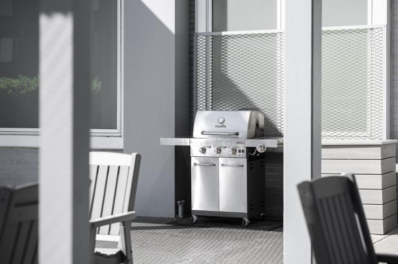 3600 West Broad furnished deck