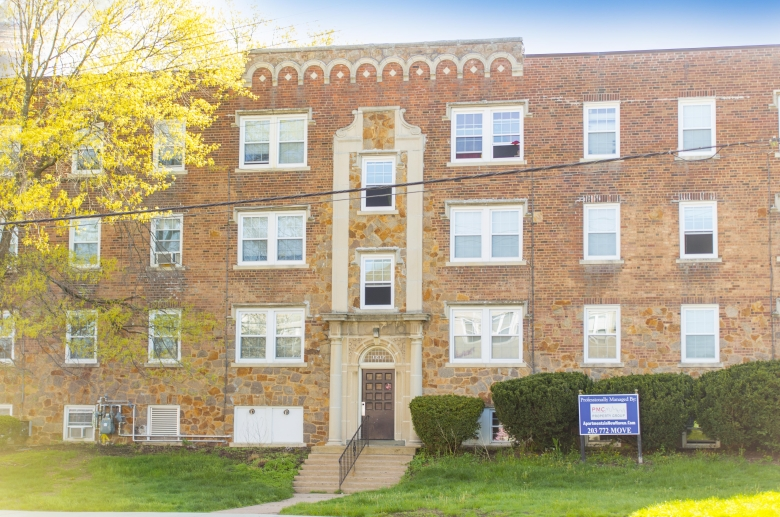 Whitney Avenue In Hamden Ct Pmc Property Group Apartments