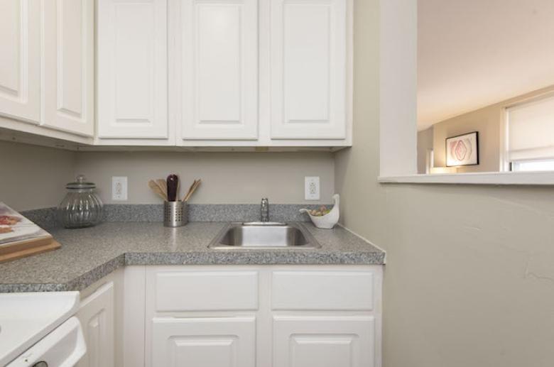 Open concept kitchen layout