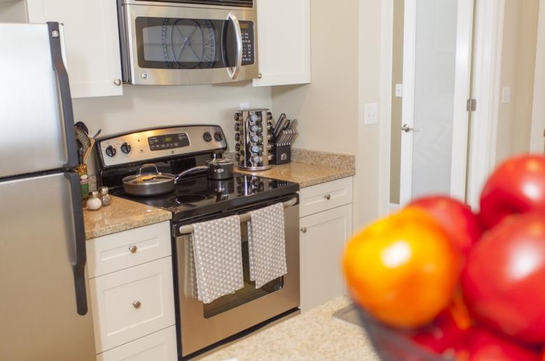 3600 West Broad kitchen