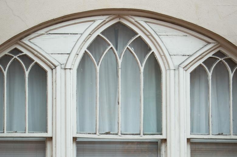 717-729 Spruce window detail