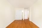 Hardwood floor bedrooms at 1634-38 Lombard Street