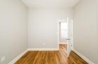 1114 Pine Street bedroom